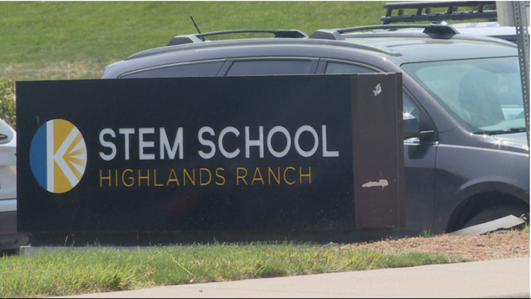 STEM School parents concerned about teacher retention, calling for change in leadership