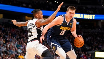 Jokic helps Nuggets hold on for 114-104 win over Clippers
