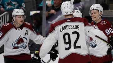 Avalanche top line overwhelms Sharks in 4-3 win