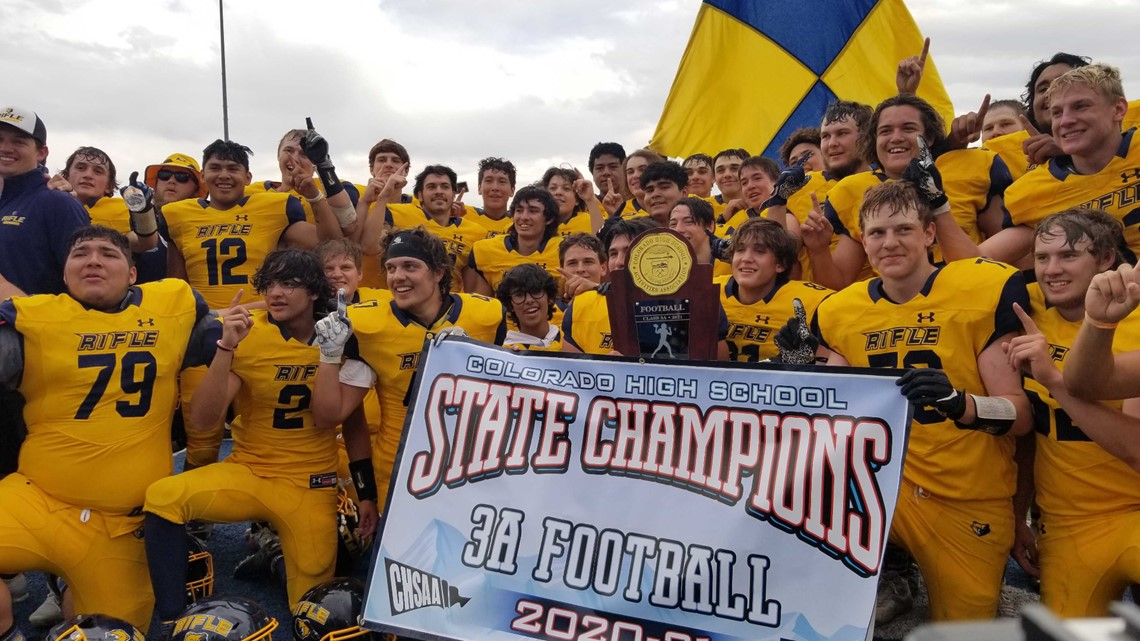 Rifle hangs on to win 3A spring football state championship