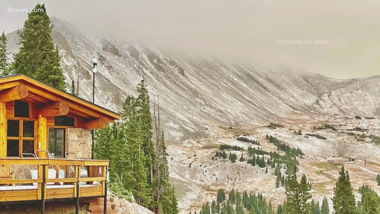 September snow dusts Colorado's high peaks