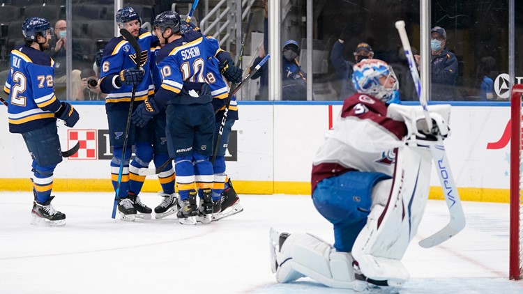 Perron posts 3-point game, Blues beat Avalanche 4-1