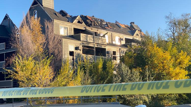 Investigators say all residents accounted for after Boulder apartment complex fire