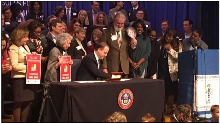 Governor signs bill to fund for full-day kindergarten