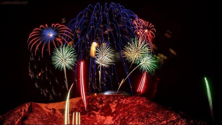 pikes peak fireworks
