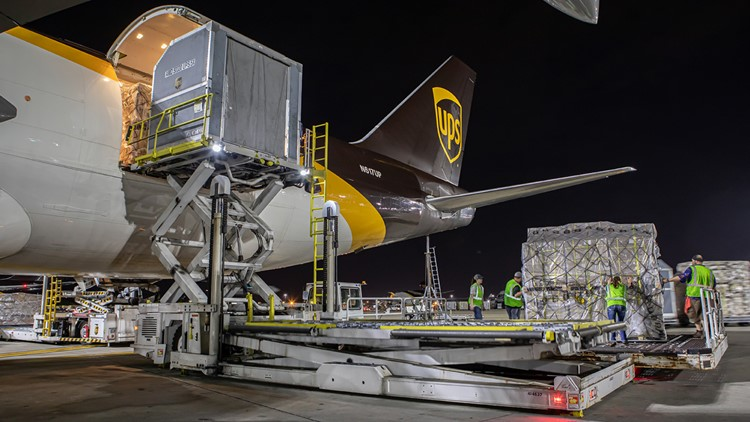 UPS aims to hire 2,455 in Denver for busy holiday season