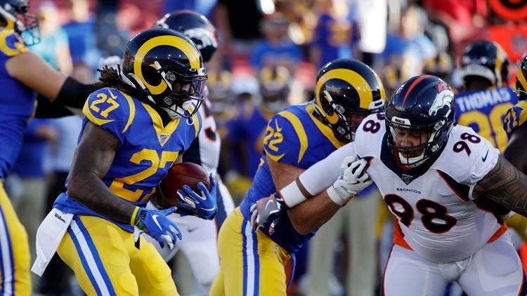 Broncos Rams Football