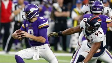 Broncos blow 20-point halftime lead, lose to Vikings, 27-23