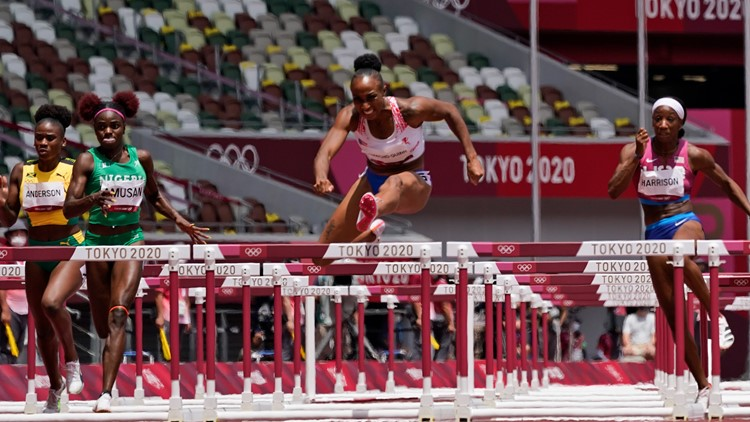How tall are the hurdles at Olympic races?