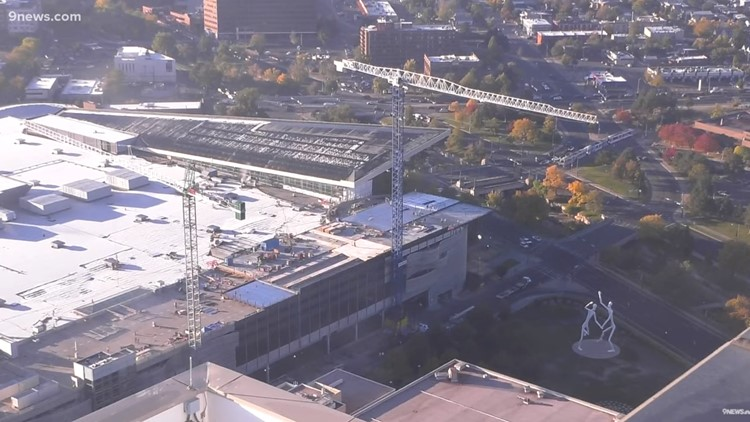 Champa Street to close for Convention Center's 3rd construction crane
