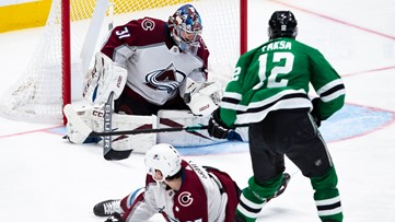 Avalanche fall to Stars, lose fifth straight