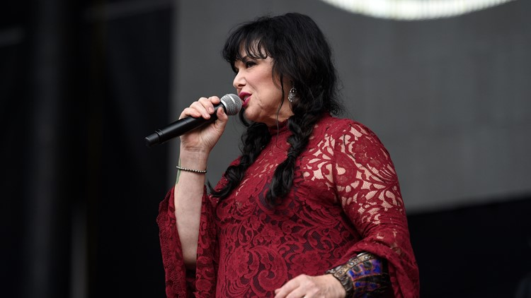 Ann Wilson of Heart performs at RFK Stadium
