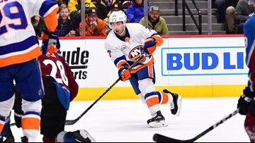 Islanders hold off Avalanche in 4-1 victory
