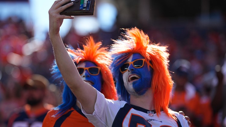 What to know before Sunday's Broncos-Raiders game