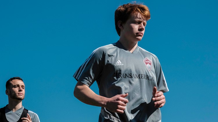 Denver native signs new contract with Colorado Rapids