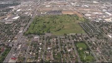 Former Denver Mayor Webb fights sale of Park Hill Golf Course