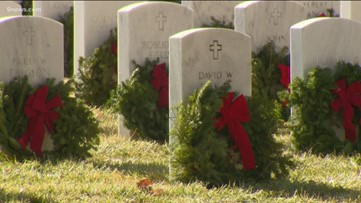 Wreaths Across America helps honor fallen veterans during the holidays