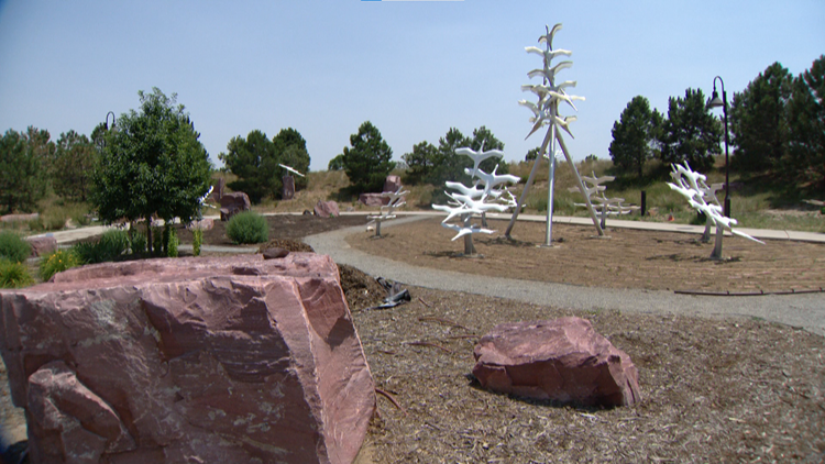 Remembrance garden for Aurora theater shooting victims gets new lending library