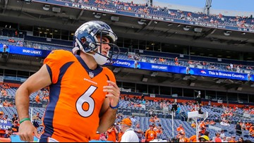 QB Chad Kelly signs with Colts