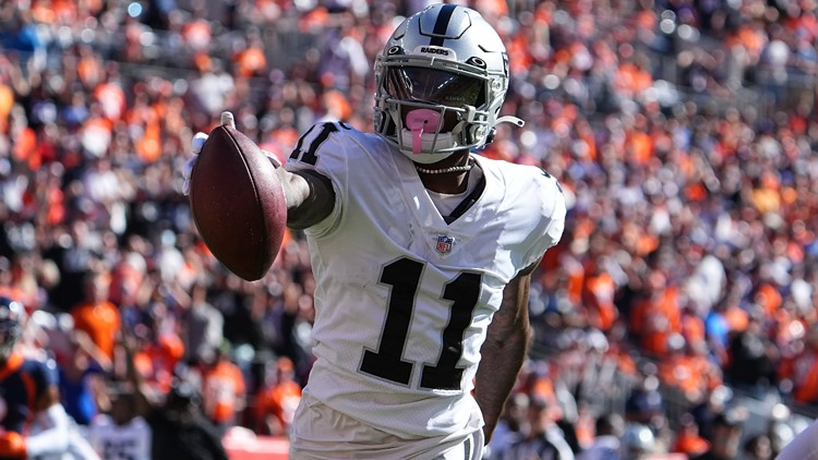 Broncos thumped by Raiders and their interim coach 34-24