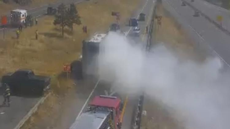 WATCH LIVE: Vehicle fire on I-70 near Lookout Mountain