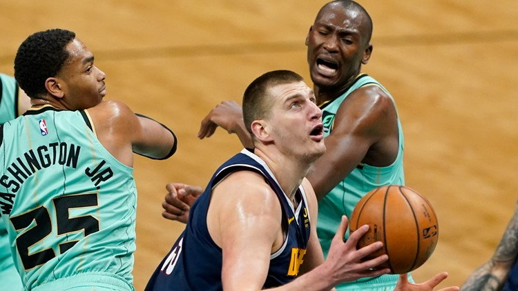 Jokic, Nuggets hold off Hornets 117-112 to snap 2-game slide