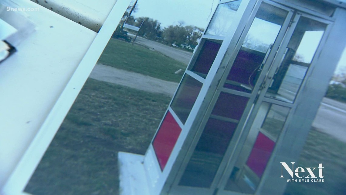 Find my phone (booth): Cope, Colo.'s beloved booth stolen