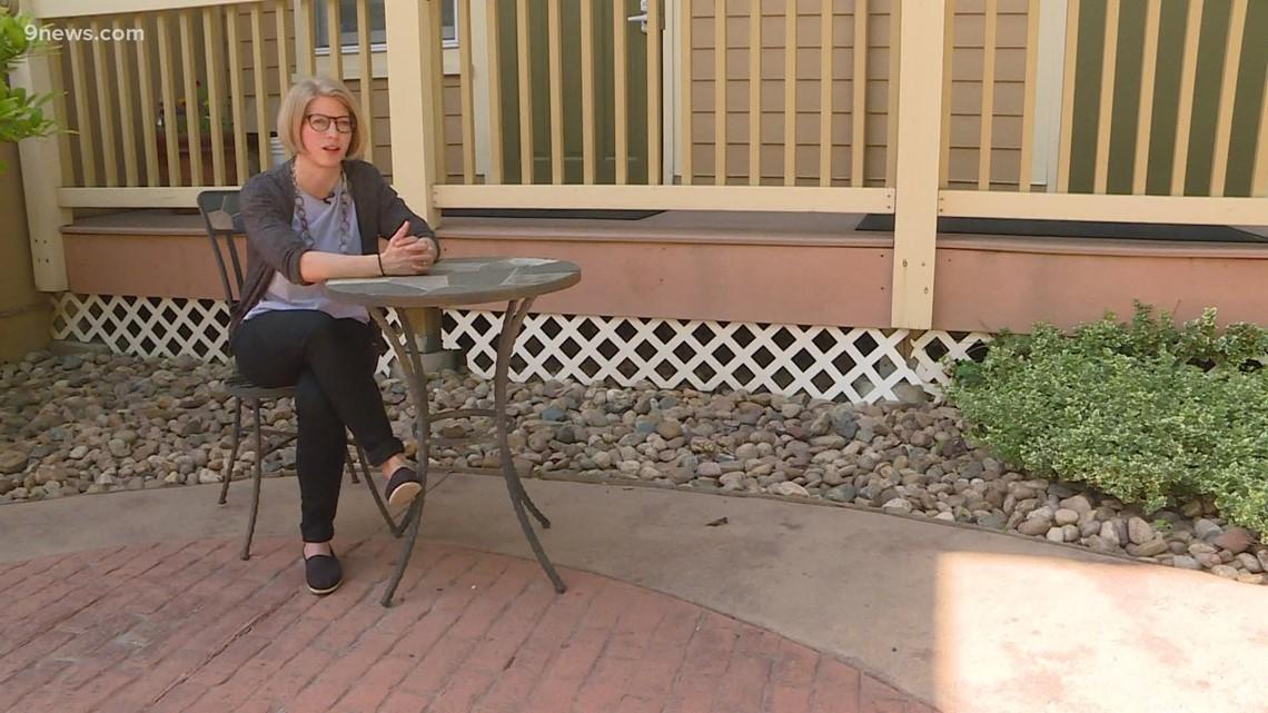 Organización de Denver ofrece sesiones de terapia gratuitas para niños, familias que navegan sistema de inmigración