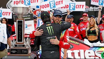 Kyle Busch beats brother to nab 8th Bristol win