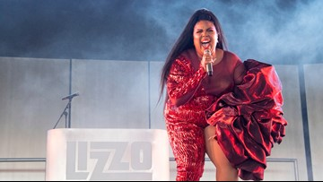 Lizzo tells sold-out crowd in Denver that she worked at King Soopers in Aurora