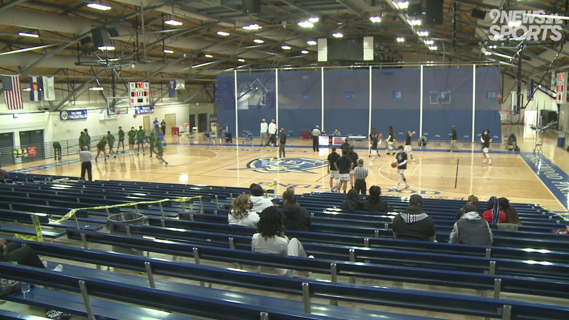 Englewood boys basketball moves to 10-1 with win over Aurora Central