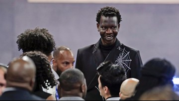Nuggets acquire draft rights to Bol Bol