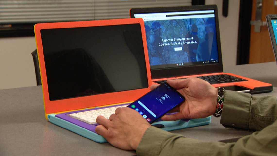 MSU Denver student creates device that turns a smartphone into a laptop