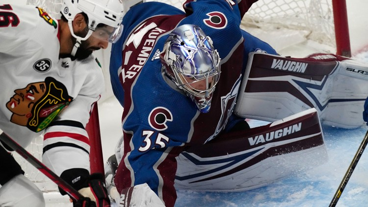 Byram gets first NHL goal, Avalanche beat Blackhawks 4-2