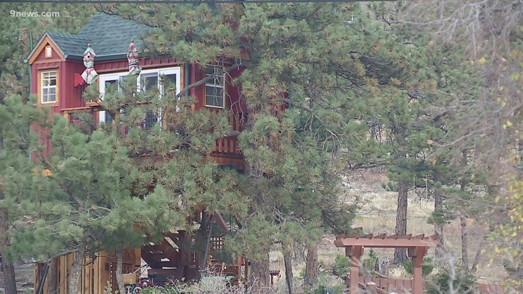 Unique tree house rental available in Lyons