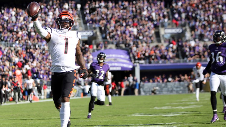 NFL Roundup: Bengals earn respect in rout of Ravens; Mahomes, Chiefs look lost as Titans roll