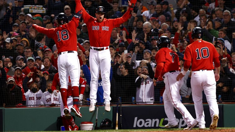 Schwarber, Red Sox slam Astros 12-3, lead ALCS 2-1