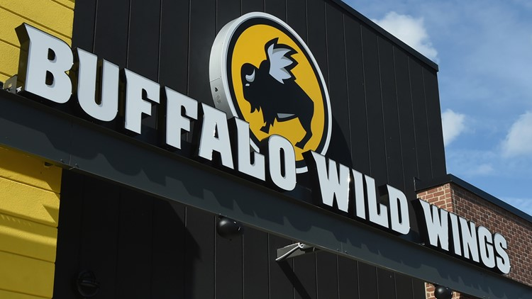 Buffalo Wild Wings apologizes for vulgar tweets