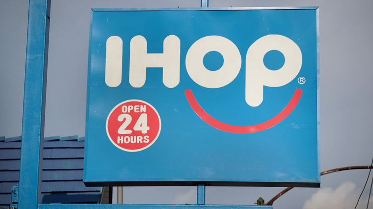 IHOP flips over burgers, changes 'p' to 'b' in logo