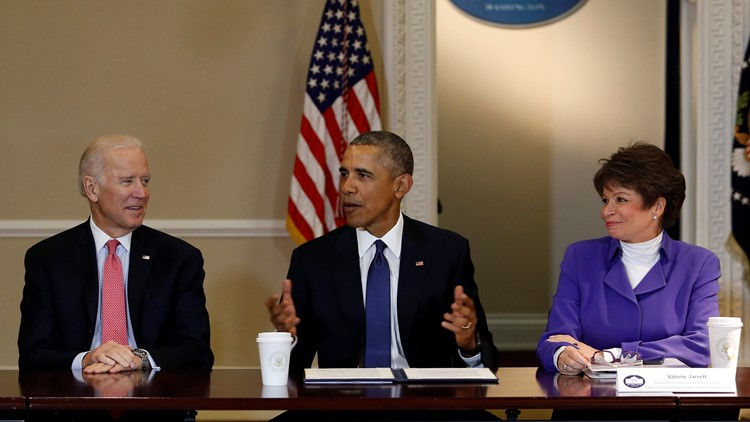President Barack Obama speaks during a meeting of the Democratic Governors Association while Vice President Joe Biden (3L) and Senior Advisor to the President Valerie Jarrett (2R) listen on February 19, 2016. (Photo by Aude Guerrucci )