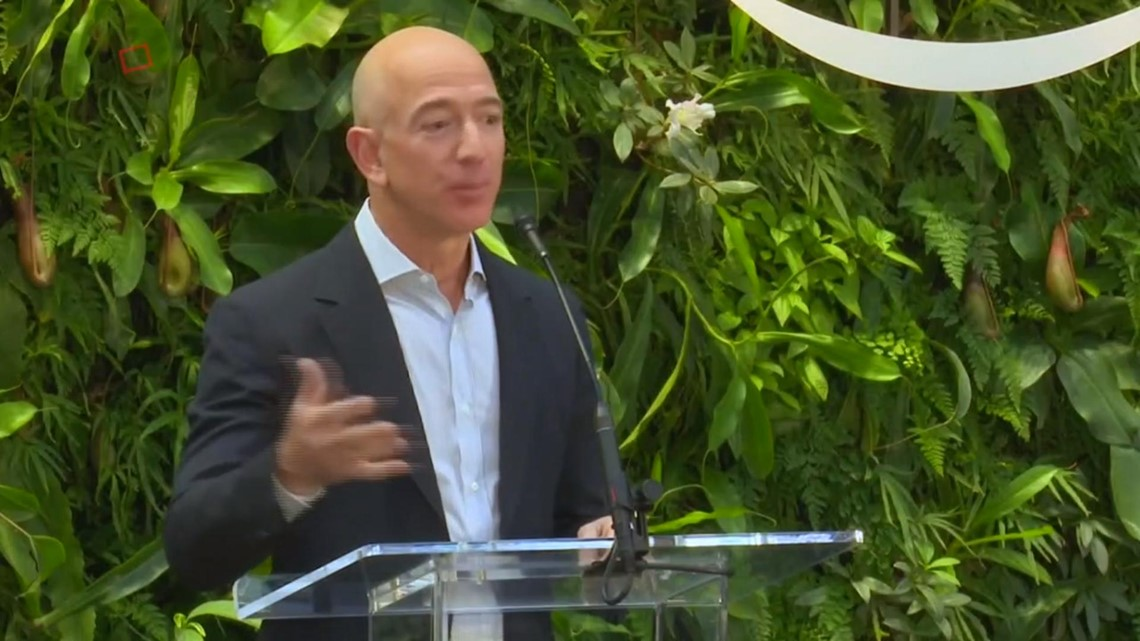 Jeff Bezos' 'Blackmail' Bombshell Has Twitter Users Confusing Cincinnati  Enquirer and National Enquirer