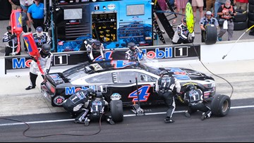 Kevin Harvick wins crash-marred Brickyard 400