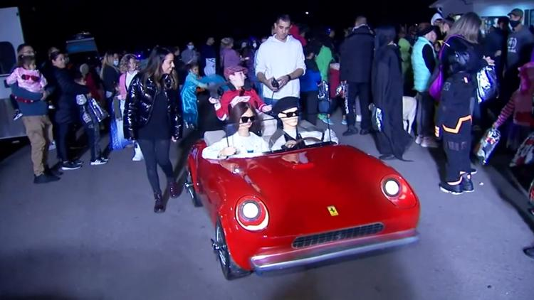 Parents transform son's wheelchair into perfect 'Ferris Bueller' costume