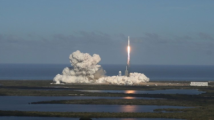SpaceX launches Falcon Heavy rocket, sticks 2 landings on Florida's Space Coast