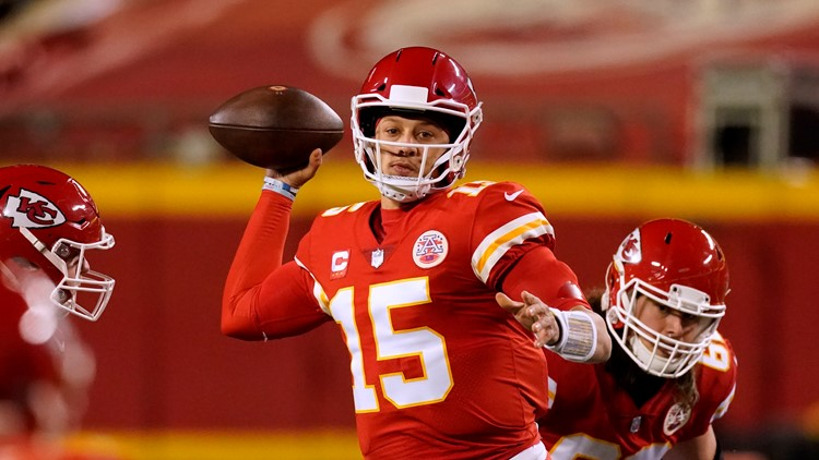 Reports: Chiefs' Patrick Mahomes to undergo toe surgery