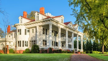 'Gone with the Wind' mansion in Georgia hits the auction block